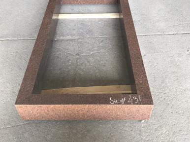 Стандартная надгробная плита из красного гранита